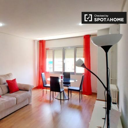 Rent this 2 bed apartment on Don José in Calle Torres Miranda, 2