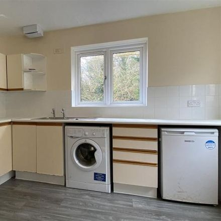 Rent this 2 bed apartment on Mulberry Close in Luton LU1 1BX, United Kingdom
