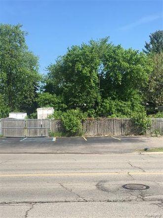 Rent this 0 bed apartment on 312 West Montcalm Street in Pontiac, MI 48342