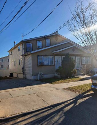 Rent this 4 bed house on Springfield Ln in Springfield Gardens, NY