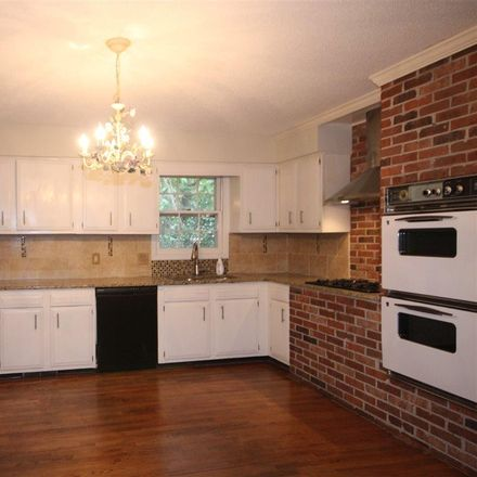 Rent this 3 bed apartment on 24 East Hillcrest Drive in Greenville, SC 29609