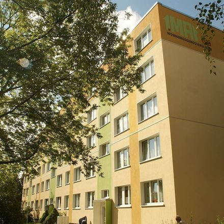 Rent this 3 bed apartment on Anna-Magdalena-Bach-Straße in 06712 Zeitz, Germany