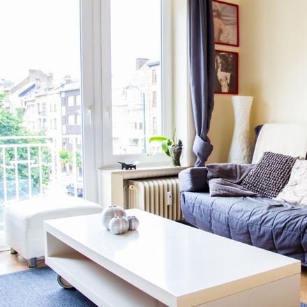 Rent this 1 bed apartment on Avenue du Pesage - Waaglaan 6 in 1050 Ixelles - Elsene, Belgium