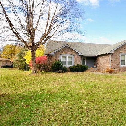 Rent this 3 bed house on 15 Dahlia Lane in Indianapolis, IN 46217