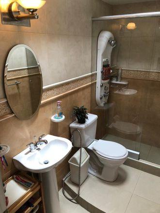 Rent this 5 bed apartment on Portal del Llama in Carrera 21, Localidad Los Mártires