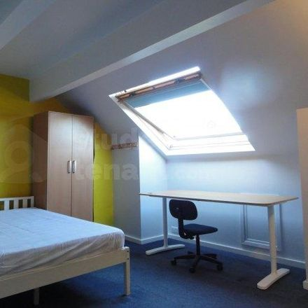 Rent this 4 bed room on Sharrow Nursery in Infant and Junior School, Sitwell Road