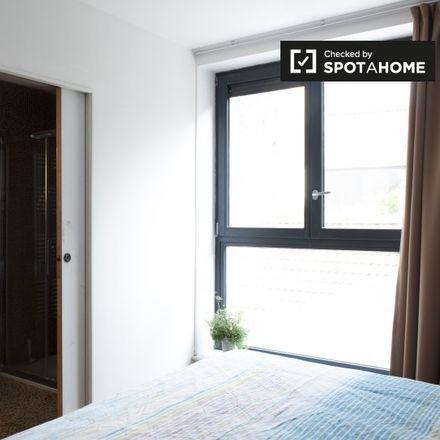 Rent this 1 bed apartment on Rue d'Ophem - Oppemstraat 76 in 1000 Ville de Bruxelles - Stad Brussel, Belgium