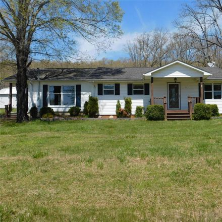 Rent this 4 bed house on Ironton