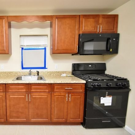 Rent this 4 bed house on State Rte 23 N in Hamburg, NJ