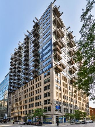 Rent this 2 bed condo on 565 West Quincy Street in Chicago, IL 60661