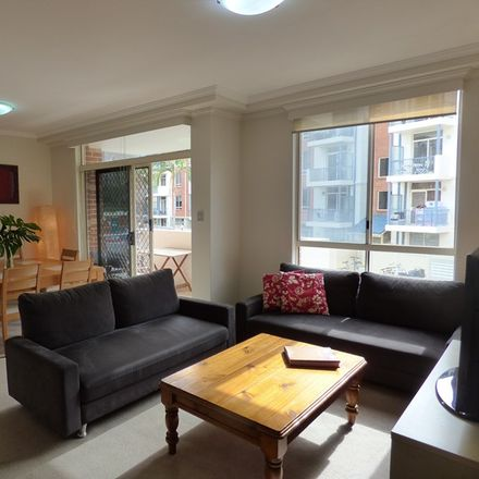 Rent this 2 bed apartment on 22 Buchanan Street
