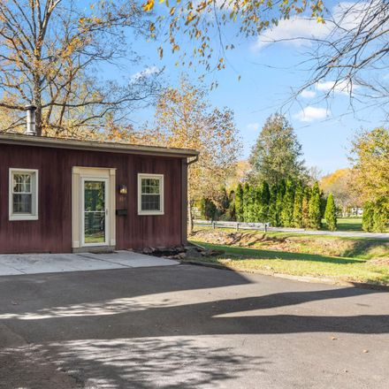 Rent this 2 bed house on 307 West Monument Avenue in Hatboro, PA 19040