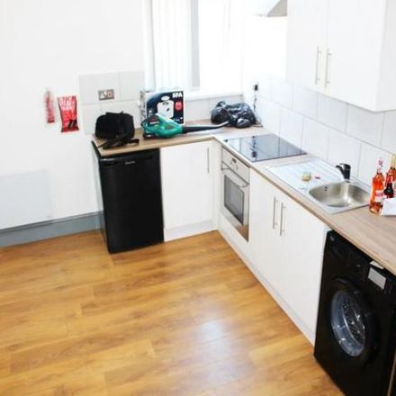 Rent this 1 bed apartment on Jamiah Masjid Mohiuddin Siddiquia in Victoria Road, Birmingham B6