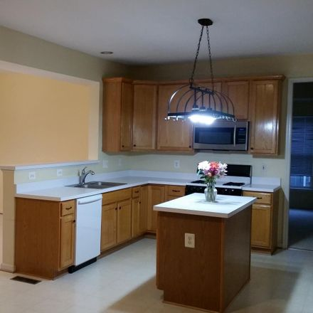 Rent this 4 bed house on 224 Park Gate Dr SE in Leesburg, VA