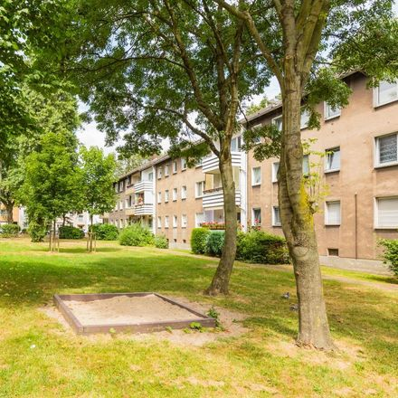 Rent this 3 bed apartment on Andreas-Hofer-Straße 24 in 47139 Duisburg, Germany