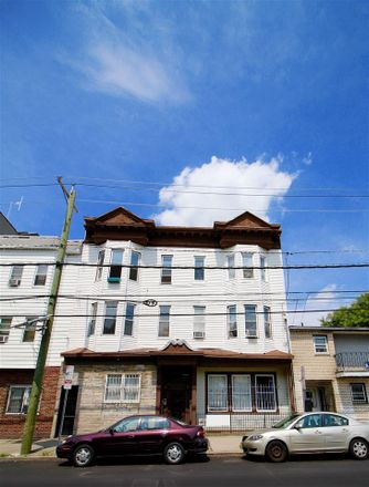 Rent this 3 bed apartment on Palisade Ave in Jersey City, NJ