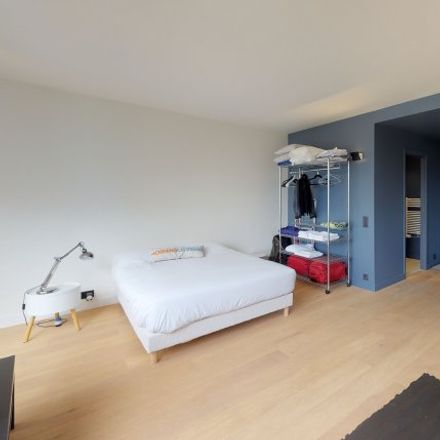 Rent this 0 bed room on MFP TV in Villa Marguerite, 92130 Issy-les-Moulineaux
