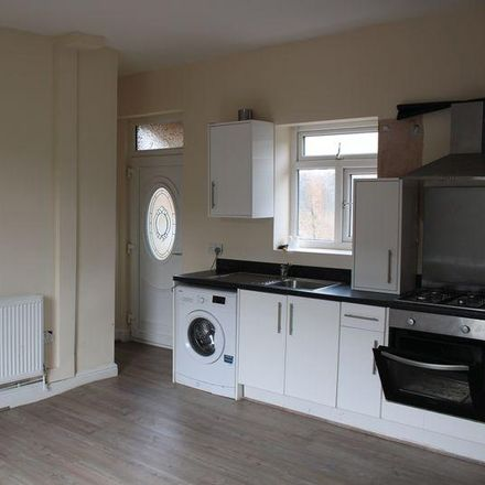 Rent this 2 bed house on Fartown Green Road in Kirklees HD2 1AF, United Kingdom