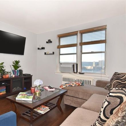 Rent this 2 bed condo on 2630 Kingsbridge Terrace in New York, NY 10463