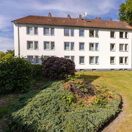 Rent this 4 bed apartment on Hirschberger Straße 36 in 26135 Oldenburg, Germany