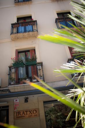 Rent this 4 bed room on San Juan Kalea in 9, 20003 Donostia