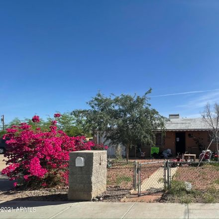 Rent this 3 bed house on 2411 East Wier Avenue in Phoenix, AZ 85040