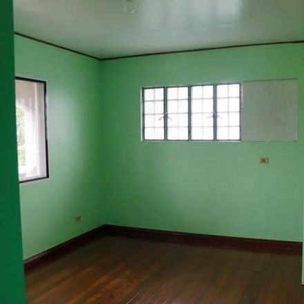Rent this 5 bed house on Big C in Russia, Paranaque