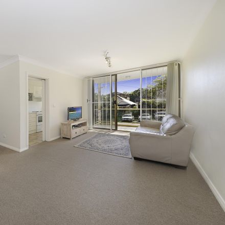 Rent this 2 bed apartment on 58 Arthur Street