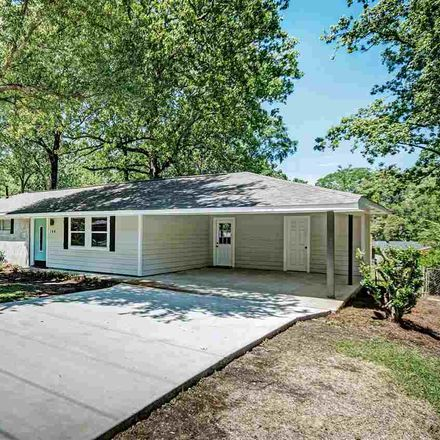 Rent this 3 bed house on 166 Chotard Avenue in Pearl, MS 39208
