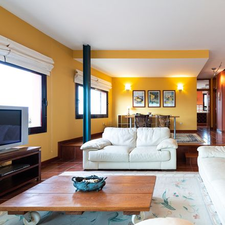 Rent this 3 bed house on Calle Cuesta La Grama in 35217 Santa Brígida, Spain