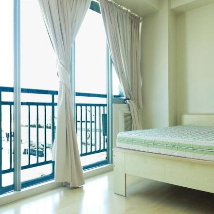 Rent this 2 bed condo on 7-Eleven in Shaw Boulevard, Mandaluyong