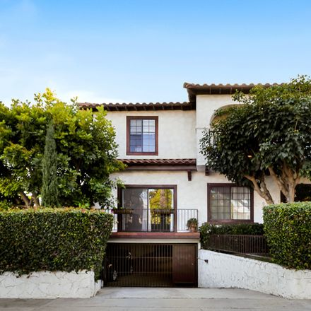 Rent this 3 bed townhouse on 1434 19th Street in Santa Monica, CA 90404