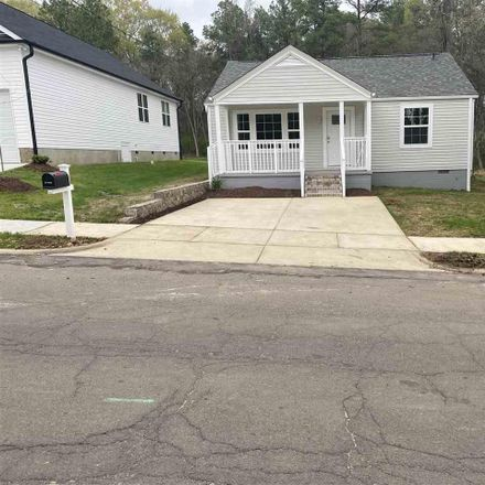 Rent this 3 bed house on 404 East End Avenue in Durham, NC 27703