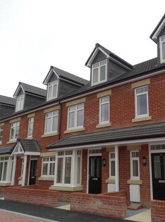 Rent this 3 bed house on Sainsburys Local in 125 Lorelei Close, Shrewsbury SY2 6AZ