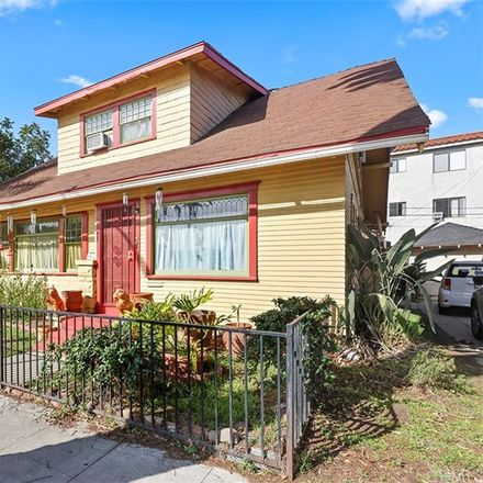 Rent this 3 bed house on Elm Avenue in Long Beach, CA 90813