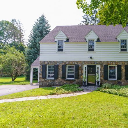 Rent this 3 bed house on 6 Birchkill Lane in Town of Brunswick, NY 12180