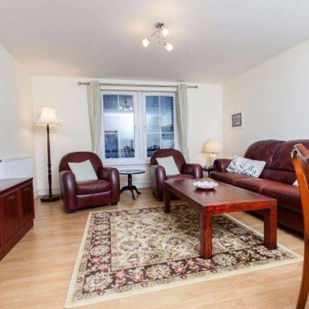 Rent this 3 bed apartment on 73 Hopetoun Street in Edinburgh EH7 4QF, United Kingdom