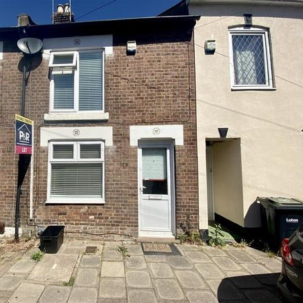 Rent this 3 bed house on North Street in Luton, LU2 7QN