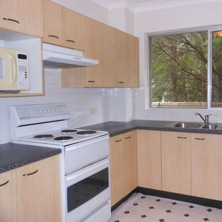 Rent this 2 bed apartment on 26/7 Broughton Road