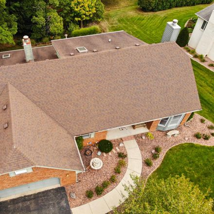 Rent this 4 bed loft on Brookshire Ct in Valparaiso, IN
