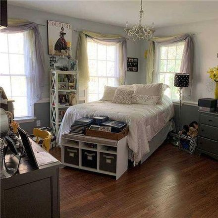 Rent this 5 bed house on 24 Apricot Road in Mount Sinai, NY 11766