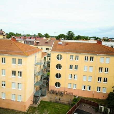 Rent this 1 bed apartment on Smålandsgatan in 392 33 Kalmar, Sweden