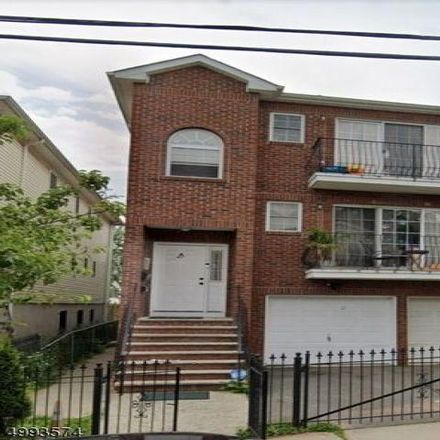 Rent this 3 bed house on 39 Crawford Street in Newark, NJ 07102