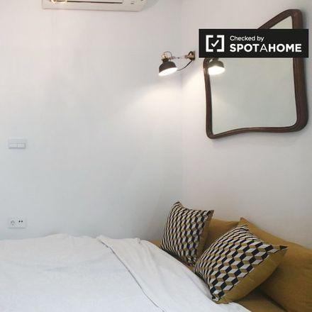 Rent this 1 bed apartment on Colegio San Juan Bautista in Calle de Francos Rodríguez, 5