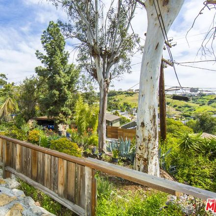 Rent this 3 bed house on Tacoma Ave in Los Angeles, CA