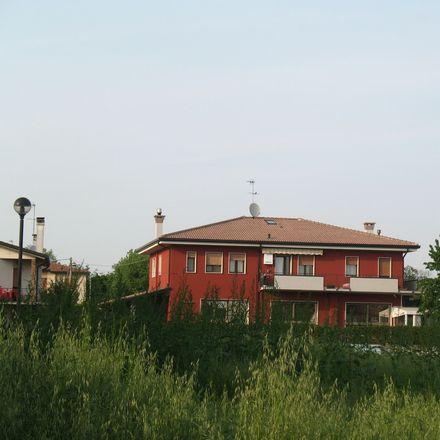 Rent this 2 bed apartment on Via Monsignor Giuseppe Pasquini in Quarto d'Altino VE, Italy