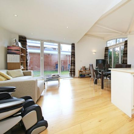 Rent this 4 bed house on Kingfield Road in London W5, United Kingdom