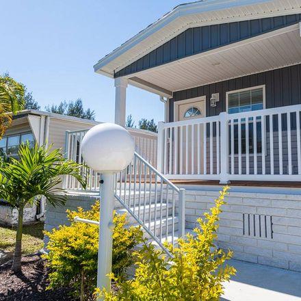 Rent this 2 bed townhouse on 701 Aqui Esta Drive in Punta Gorda, FL 33950
