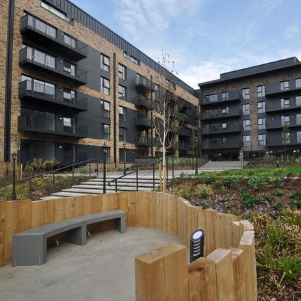 Rent this 2 bed apartment on Victoria Crescent in Ashford TN23 7AE, United Kingdom