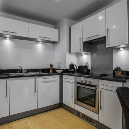 Rent this 2 bed apartment on Broadway in Salford M50 2UF, United Kingdom